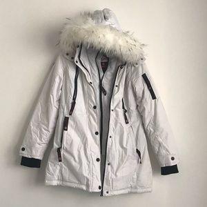 Canada Weather Gear White Faux-Fur removable Trim
